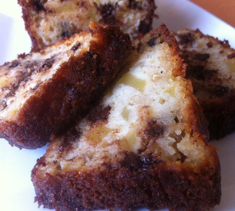 Le Cake Amandes, Pommes et Pépites de Chocolat