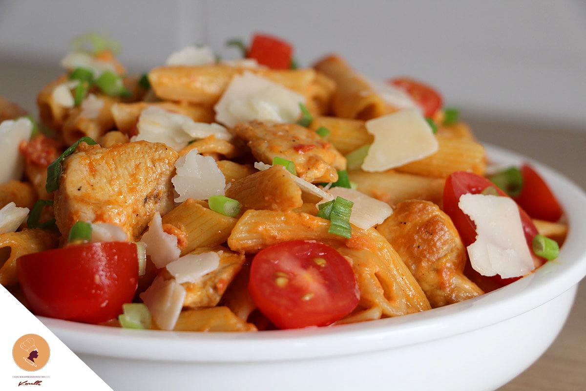 #LGDK : Pâtes crémeuses, Poulet, tomates et Parmesan!