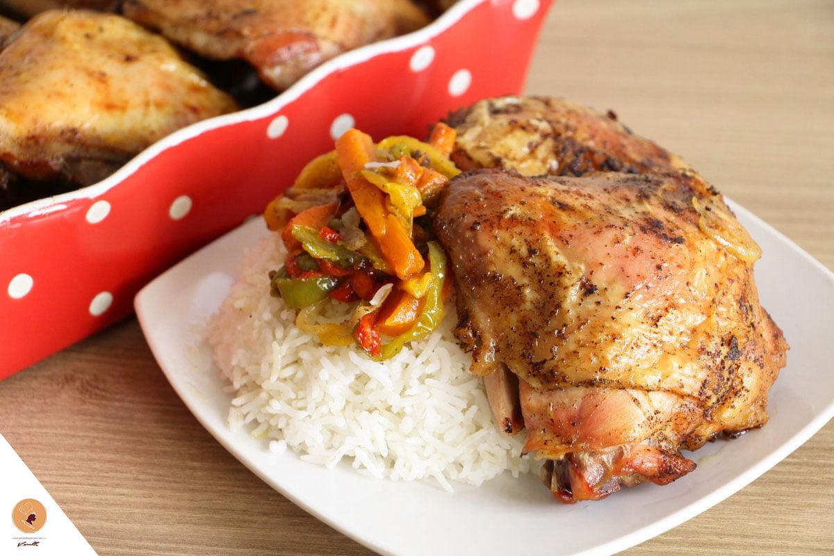 #LGDK: Cuisses de poulet, sauce oignons et poivrons