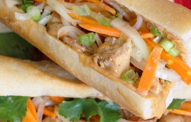 Le Banh-mi, délicieux sandwich vietnamien épicé
