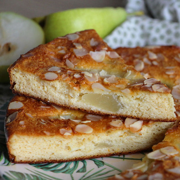 Gâteau fondant Poires et Amandes (sans sucre et sans beurre !)
