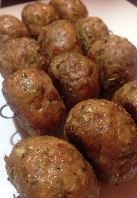 Les boulettes de poulet aux fines herbes
