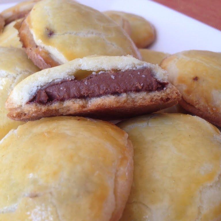 Les biscuits sablés fourrés au chocolat