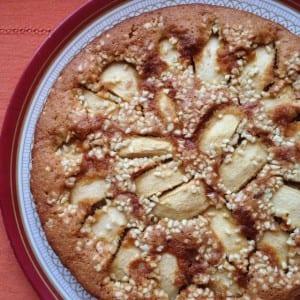 Gâteau Moelleux Pommes, Cannelle et Amandes Hachées