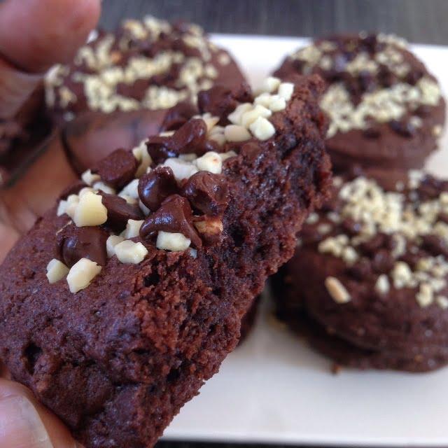 Les Cookies « Crousti-Fondants » au Chocolat et aux Amandes