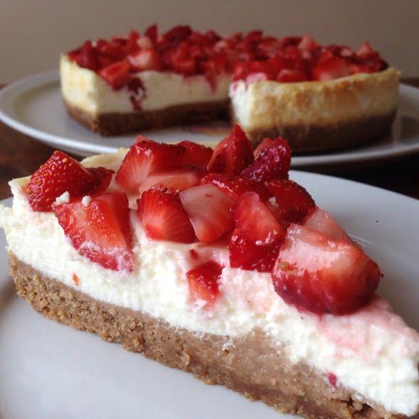Cheesecake 0% aux Fraises et aux Spéculoos