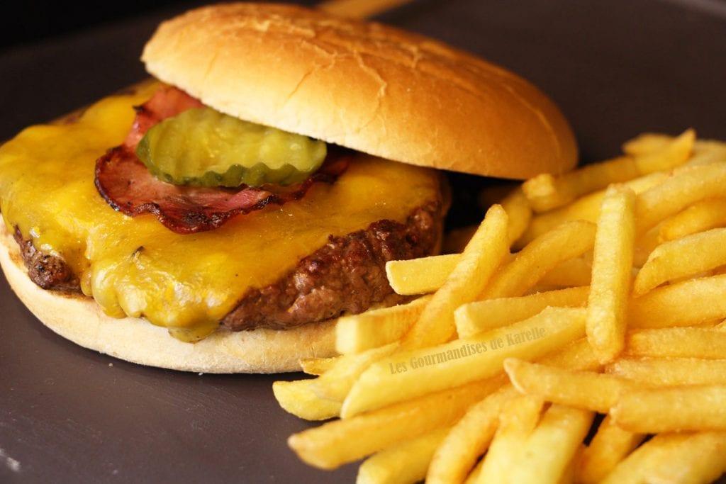 classic-burger-4