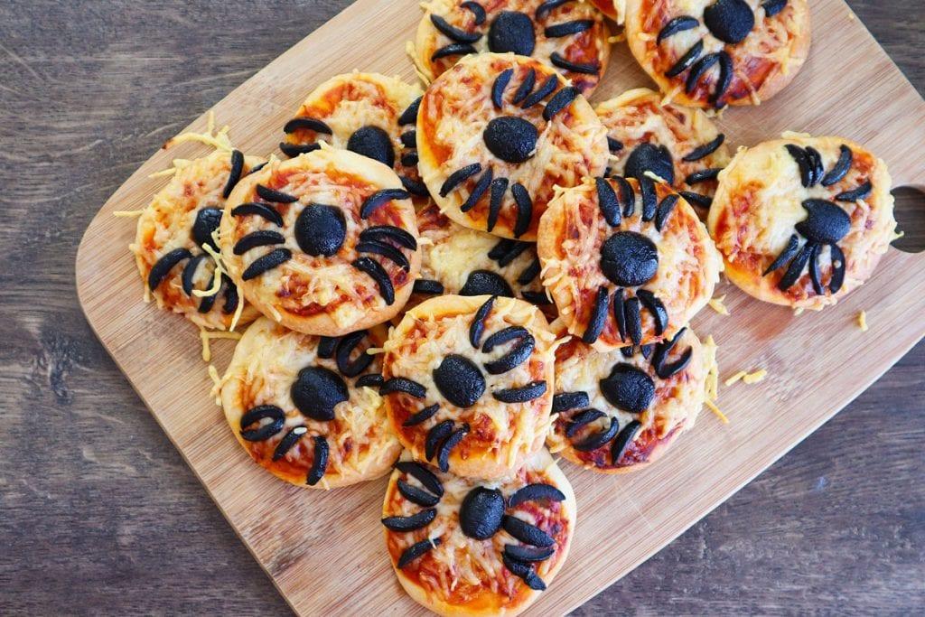 Mini-Pizza Araignée d'Halloween (Vidéo)
